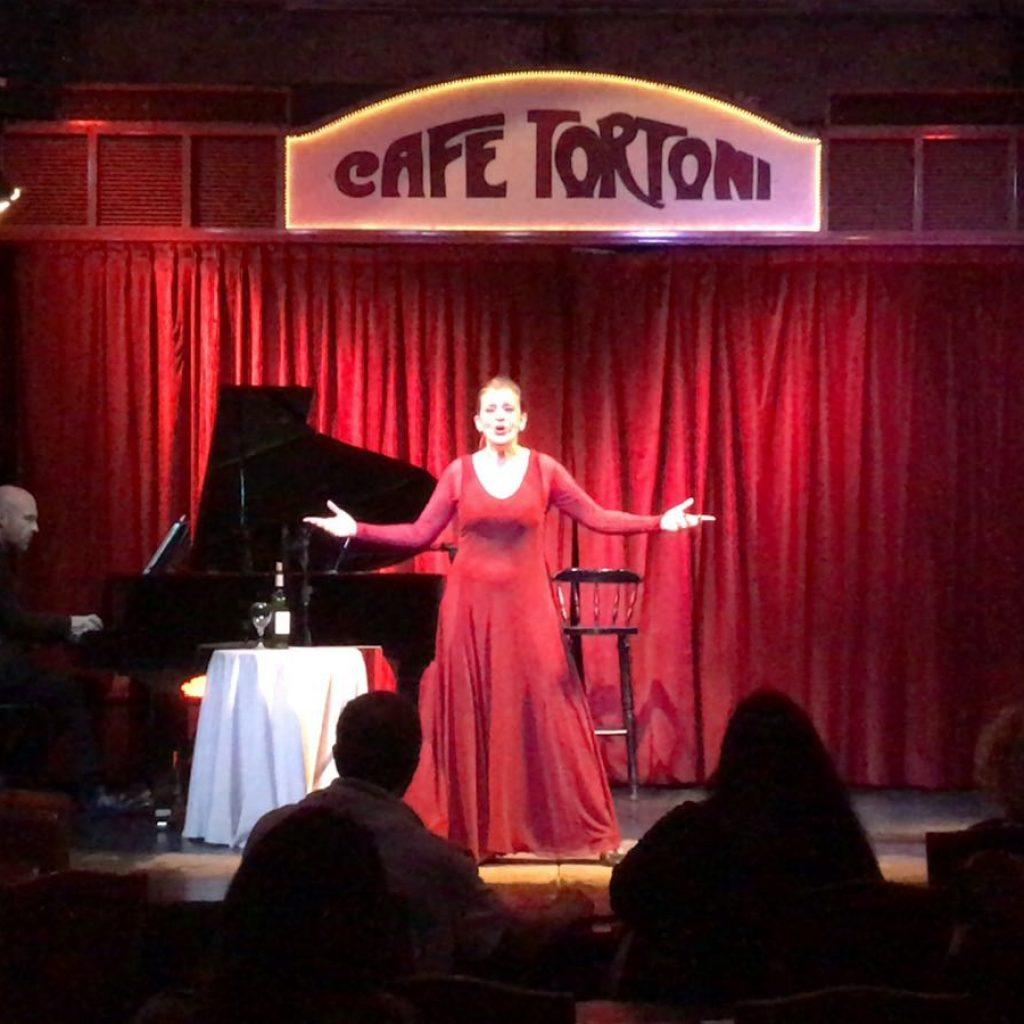 CAFÉ TORTONI. Silencios Cantados. El Musical
