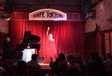 Gran éxito de María Villarroya en sus presentaciones en el Café Tortoni